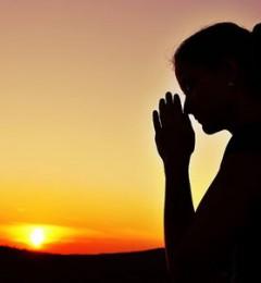 """真正的祷告,其实没有""""谁""""在祷告,是生命在祷告"""