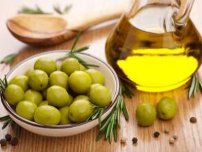 过度高温烹煮植物油易产生自由基与毒素