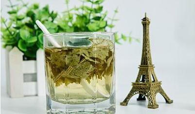节食减肥伤身体 荷叶茶减肥全绿色更有效