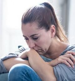 忧郁症除了吃药还能做什么?心理治疗不可少!