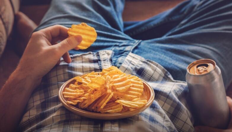 长期宅在家 如何做到宅而不胖?