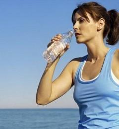 喝水长胖只是错觉 研究显示,减肥想成功就得多喝水