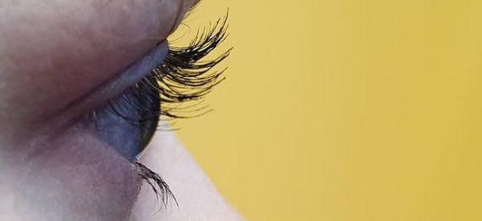 """眼睫毛的""""理想长度""""是多少"""