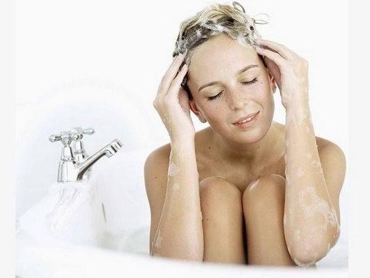 长时间不洗头会长头虱?