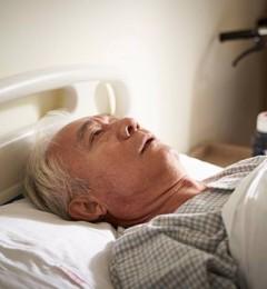 老年痴呆无法有效治疗 针灸减缓退化方案可行