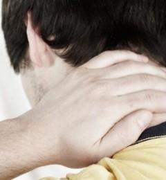 """人到中年肩痛难忍 小心""""钙化性肌腱炎"""""""