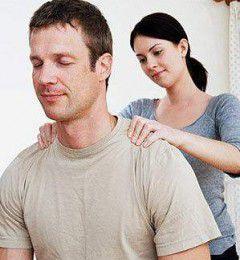 夫妻睡前按揉3部位 可强健体魄、祛病延年