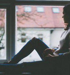 被负面情绪禁固了 如何让自己重获自由?