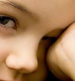 黑眼圈清不掉 是健康出现异常的信号