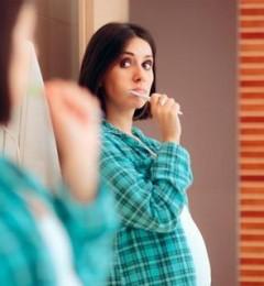 孕期不护牙,可能影响胎儿健康