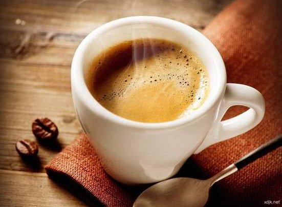 活化大脑、消除疲劳!喝意式浓咖啡很有效