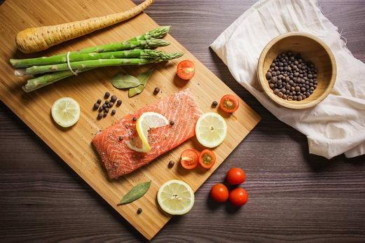 """哈佛医学院官方发布""""超级食物""""清单 每日2品帮助降体脂"""