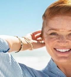 皮肤上斑斑点点 可能与体内荷尔蒙有关