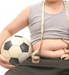 盯着身高不如管好体重 肥胖易致儿童早发育