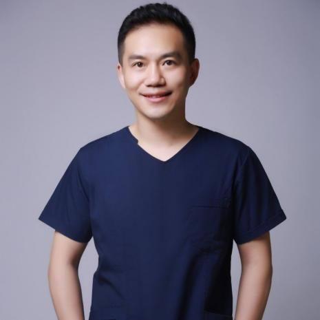 普瑞眼科・天津 近视手术专家的成长历程
